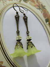VINTAGE STYLE LUCITE FLOWER EARRINGS - Lemon - Art Deco - Swarovski Elements