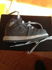 Nike Air Jordan 1 MID BT COOL GREY/WHITE 6c INFANT TODDLER 640735 014 EUC