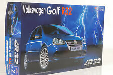 2006 VW Volkswagen Golf 5 V R32 Kit Bausatz 1:24 FUJIMI
