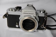 Nikon Nikkormat FT2 35mm Spiegelreflexkamera, chrom