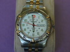 Nice Swiss Army WENGER Two Tone Men's Diver Watch w/Date/Day