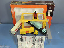 "LIMA  ""HO"" MODEL No.56 FREIGHT LINER CONTAINER DEPOT / TERMIAL  SET  VN MIB"
