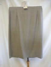 "Ladies Skirt - M&S, size 18/46-48, 32""W, hips 43"", 28""L, beige mix, wool - 0142"