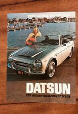 Datsun Roadster Sports 1600 2000 Brochure Folder Excellent Original 1969 NOS