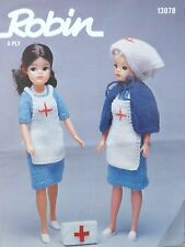 Sindy/barbie knitting pattern vintage teen/poupée infirmière robe tablier cape R13078