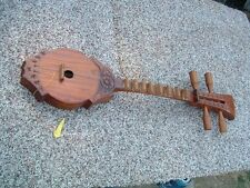 Small Thai Guitar ~ Traditional Sueng or Seung ~ Northern Thailand Folk Music