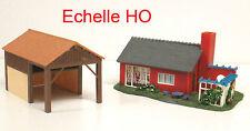 Deux Maquettes HO décor Train Miniature : Pavillon Moderne + Hangar - TBE