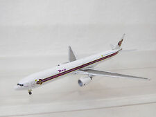 MES-54258 Star Jets 1:500 Boeing 777 Thai The King,s 72 Celebration