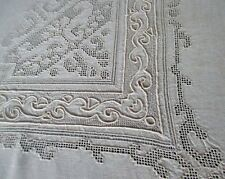 """ANTIQUE TABLECLOTH BEAUTIFUL PUNCH WORK & HAND EMBROIDERY-LINEN-50""""sq."""
