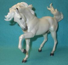 "BREYER TRADITIONAL WHITE ""NOVELISTO D"" BRISHEN #711199 VGC BREYERFEST SR OF 750"