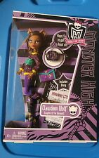 Monster High Clawdeen Wolf Doll School's Out  Wave 2 NEW in Box Diary Purse NIB