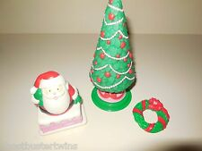 PLAYSKOOL VINTAGE DOLLHOUSE HOLIDAY CHRISTMAS TREE CHIMNEY  DOLL FURNITURE LOT