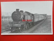PHOTO  LNER THOMPSON CLASS L1 2-6-4T LOCO NO  67715