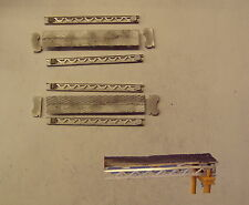 P&D Marsh N Gauge N Scale M72 Open belt conveyor unit (130mm) kit needs painting