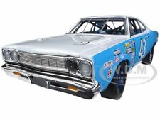 1968 PLYMOUTH ROAD RUNNER RICHARD PETTY #43 1/18 1 OF 1250 BY AUTOWORLD AW210