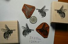 2 larger bees  rubber stamp P49C