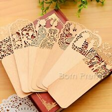 Vintage Hollow Flower Bookmark Beautiful Ultrathin Wood Bookmark(Random Pattern)