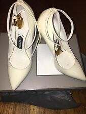 TOM FORD Patent Ankle-Lock Pump, Chalk size 37