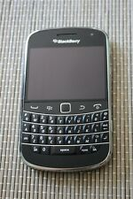 BlackBerry Bold 9900 - 8GB - QWERTY Black (Unlocked)   Good Clean Condition