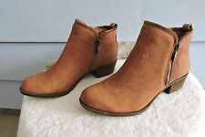 Women's Lucky Brand Bartalino Brown Leather Ankle Boots Size 7.5