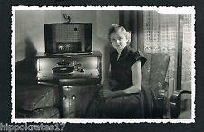 FOTO PHOTO, Frau Röhrenradio Plattenspieler family radio tubes record player 56b