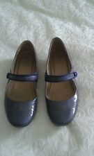Clarks active Air shoes size 6