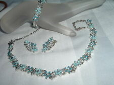 VINTAGE PARURE NECKLACE BRACELET EARRINGS SET ENAMEL N RHINESTONE FLOWERS