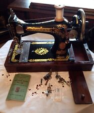 Vintage SINGER sewing machine 28k With Case,Instructions & Accessories 1923