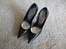 "Guess black Carrie pumps size 9M with 4.5"" heels"