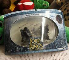 Lord of the Rings Armies of Middle-Earth Ringwraith Invisible Frodo Figures Set