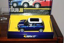 """Scalextric c2539a Mini Cooper """"IL LAVORO ITALIANO"""" Blu Mini Ltd Edition-Nuovo di zecca con scatola"""
