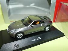 NISSAN 350 Z Gris J-COLLECTION 1:43
