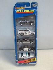 Hot Wheels 5 Car Gift Pack City Police w Bomb Squad