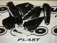 UFO 6 PIECE MOTOCROSS PLASTIC KIT SUZUKI RM 85 RESTYLED 00 - ON BLACK SUKIT405EK
