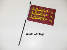 "RICHARD LIONHEART SMALL HAND WAVING FLAG 6"" x 4"" Medieval Crafts Table Display"