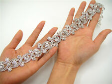 Splendido DIAMANTE Trim Crystal Da Sposa Applique perline Motif WEDDING APPLIQUE