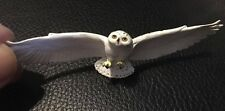 Japan Flying Snowy owl Bird Animal PVC Mini Figurine Figure model