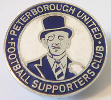 PETERBOROUGH UNITED Vintage SUPPORTERS CLUB badge Button hole Chrome 25mm x 25mm