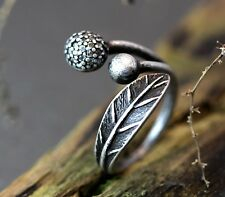 Retro Burnished Leaf & Balls Ring Nature Theme Jewelry Adjustable Free Size