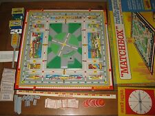 Vintage 1968 MATCHBOX TRAFFIC BOARD GAME car light post cards box COMPLETE