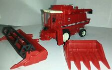1/64 ERTL custom international 1440 rwa combine farm toy with both heads.