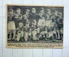 1960 Smallwood Junior School, Tooting Football Team J Parker K Abbott J Dick