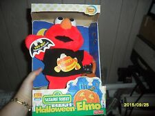 2000 NIB Sesame Street Halloween Talking Elmo Plush Doll Black Cat Jack Lantern