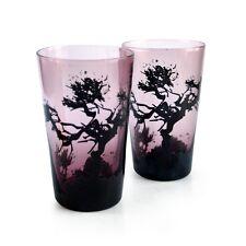schöne rosa Gläser schwarze Bäume Handwerkskunst Glas Antikstil Wassergläser