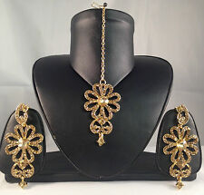 Golden Indian Fashion Jewellery, Earrings & Tikka Set, Bollywood Style SV17-0023