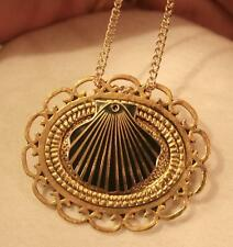 Handsome Loop Rim Textured Goldtone Black Enameled Seashell Pendant Necklace Pin