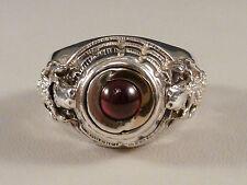 massiver Giftring - für Herren - mit Granat besetzt - engl. Gravur - 925 Silber