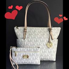 MICHAEL KORS VANILLA MK SIGNATURE EAST WEST ZIP TOTE & WRISTLET NWT Authentic