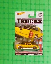 2016 Hot Wheels - Car Culture - Trucks - Chevy Silverado w/Motorcycle