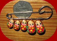 RED RUSSIAN DOLLS Brooch Charm Kilt Pin HAND PAINTED Matroschka Stocking Filler